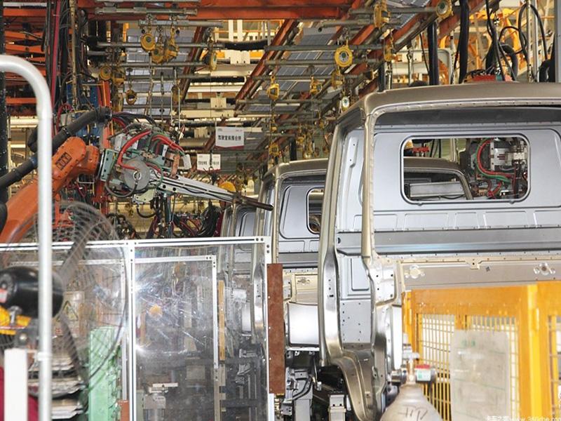 驾驶室焊装线